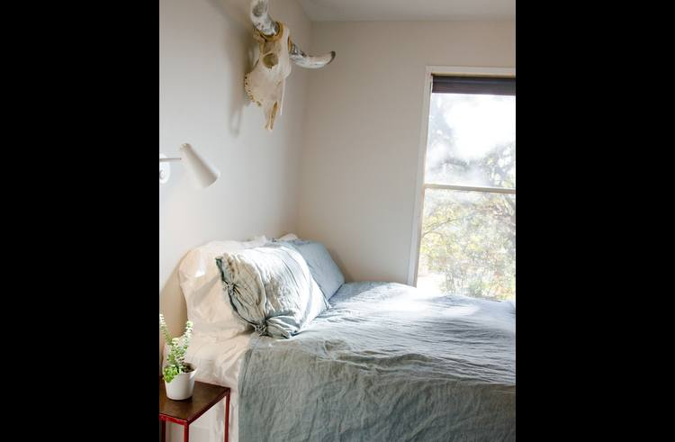 Wonderful natural light and cotton and linen bedding.