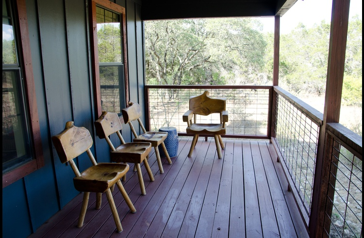 The front porch with ample seating - great for deer watching!