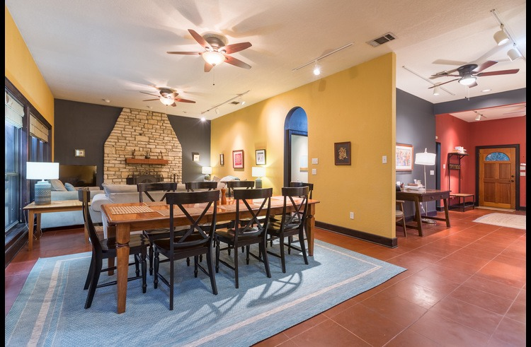 The open layout of the living/dining/foyer is great for groups!